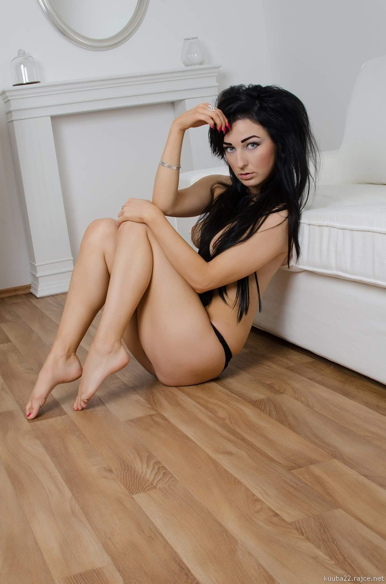 http://img20.rajce.idnes.cz/d2003/12/12061/12061162_45d55d8a31720e051679fc95e701ca88/images/DSC0386.jpg