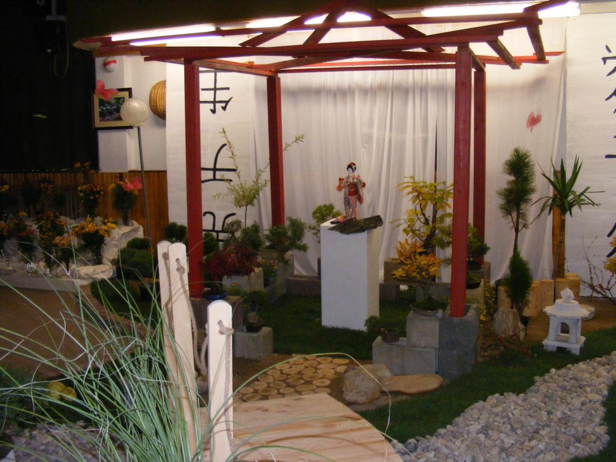 Aranžmá chryzantém z výstavy v roce 2011