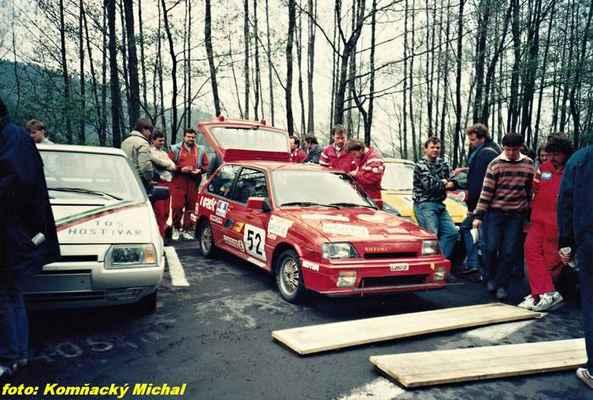 (53) ŠLAJCHRT Václav - TOS hostivař - Škoda 136 (52) KOLAŘÍK Tomáš - (soutěžící) Matějovský Stanislav - Suzuki SWIFT GTi