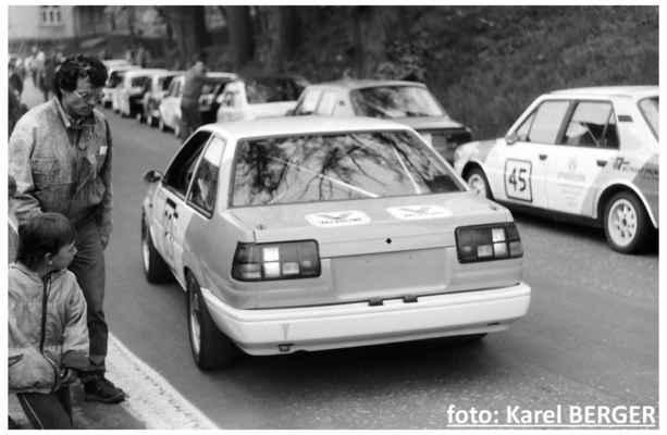 (83) VENC Josef / Toyota Corolla (45) ŠPUNDA Petr / (soutěžící) Špunda Petr / Škoda 120 LS