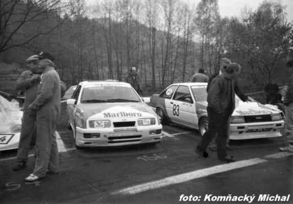 (59) CHAROUZ Antonín / Autoklub Praha / Ford Sierra (83) VENC Josef / Toyota Corolla