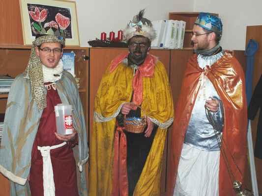 Tři králové ve středu 9. ledna dopodne v kanceláři místostarostky Ing. Jaromíry Vítkové.
