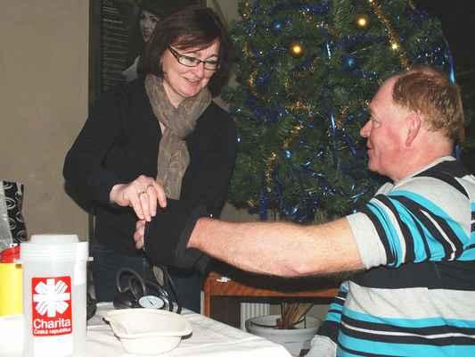 Zdravotní sestry z Charitní ošetřovatelské služby Blansko měřily zájemcům krevní tlak a cukr.