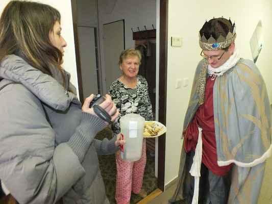 Návštěva u seniorů byla příjemným setkáním generací.