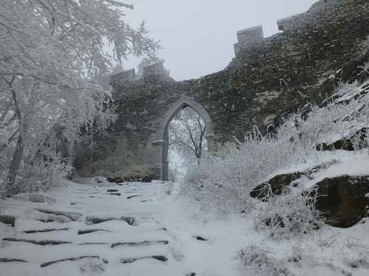 třetí hradní brána...