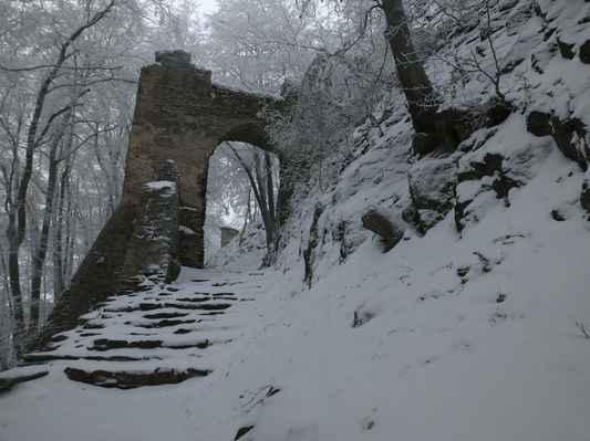 druhá hradní brána...