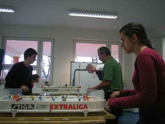VTL 026 - 10. kolo bylo odehráno na pěti hracích stolech