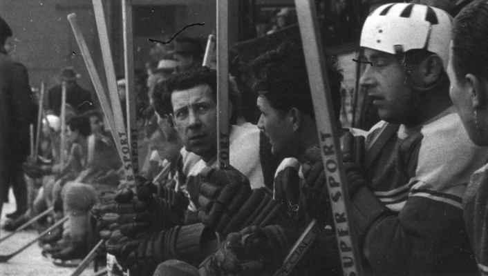 1965-66 - v helmě Jiří Brož