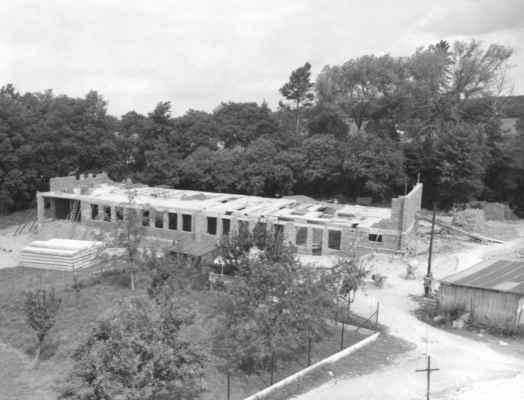 1980 - stavba školky - 1980 - stavba mateřské školy