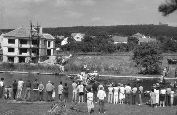 1987 - neckyáda - 1987 - neckyáda na koupališti