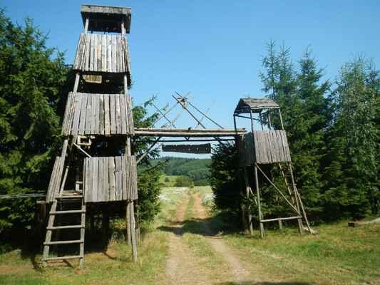 Pačkárna - Vstupní brána tábora