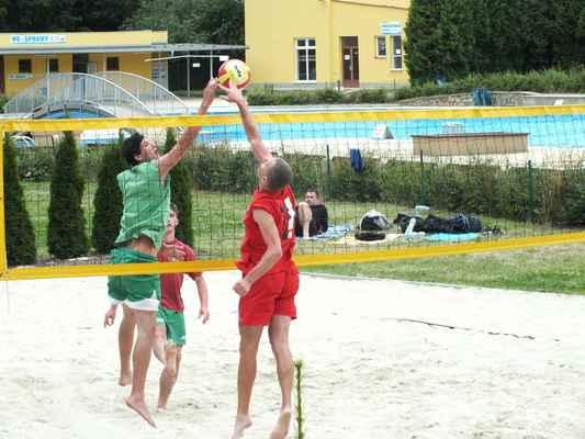 Ukázky z utkání Červenka Beach Open 11. července 2013. Soutěží dvojice mužů.